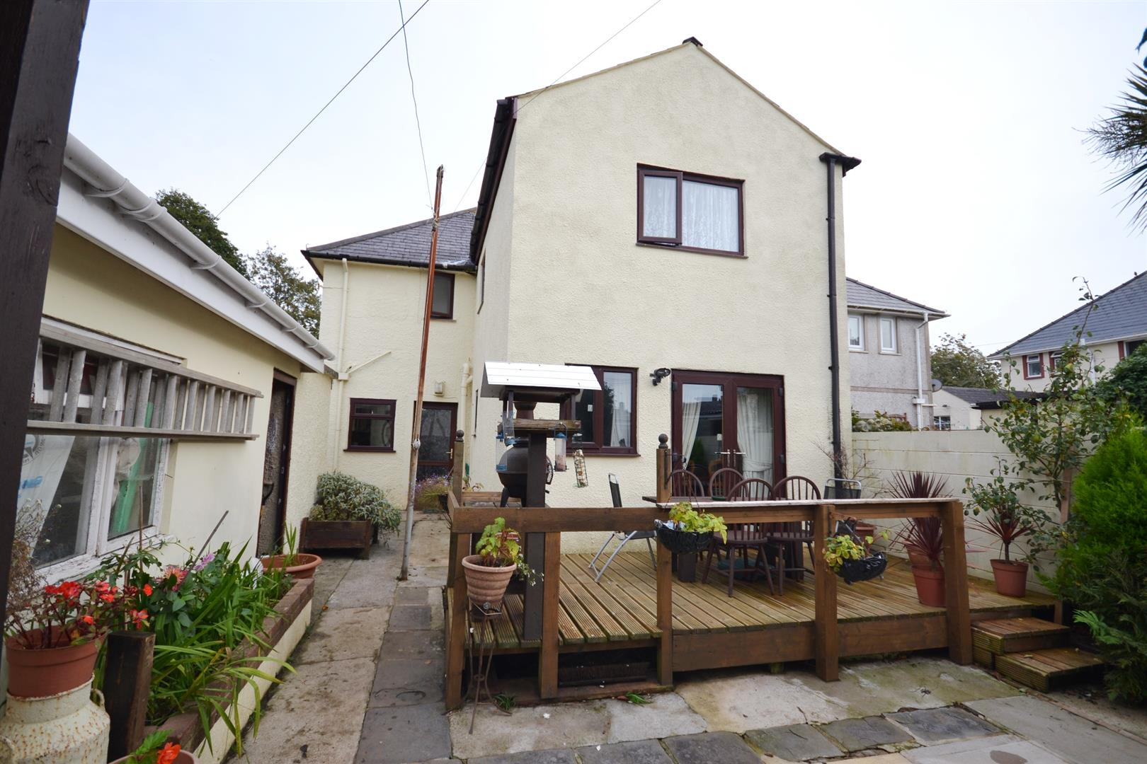 St. Johns Road, Pembroke Dock, SA72